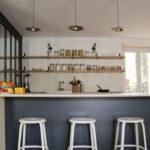 tabourets-metal-cuisine-nicolle-romance-interieurs-decoratrice-interieur-paris-rennes-cuisine-neo-retro-1