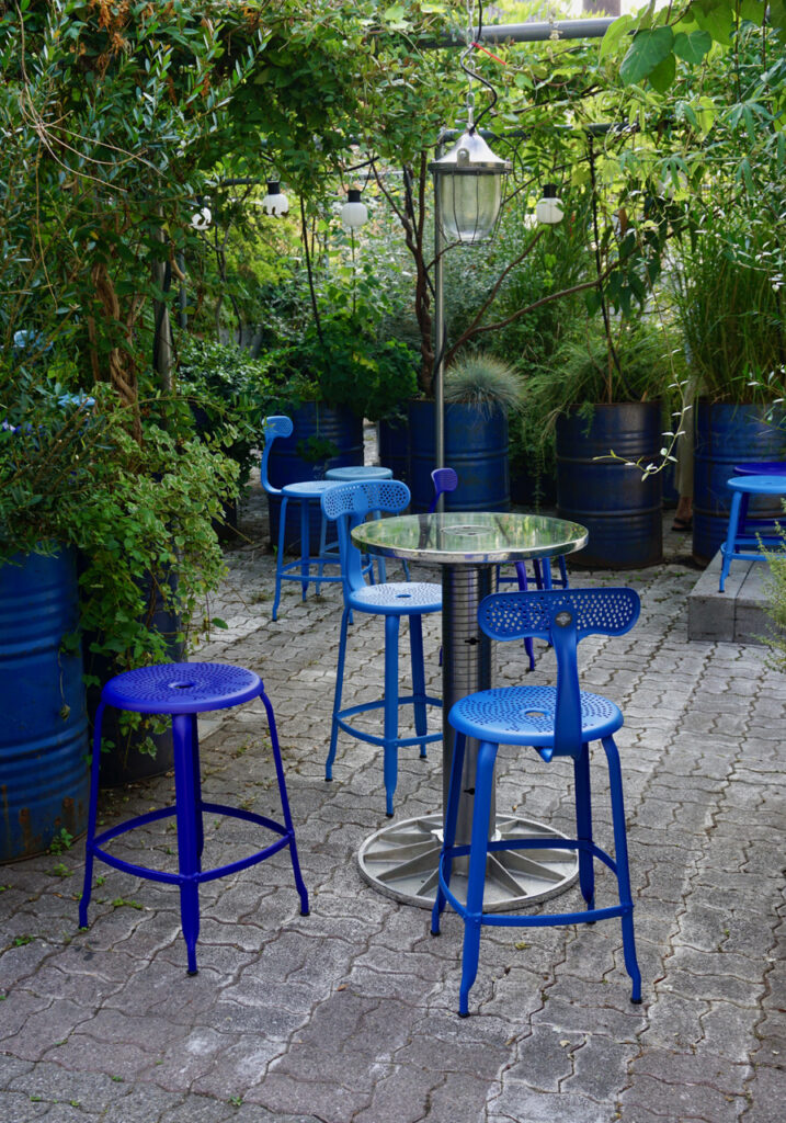 Chaises Nicolle Outdoor collection by Paola Navone au Fuori Salone de Milan